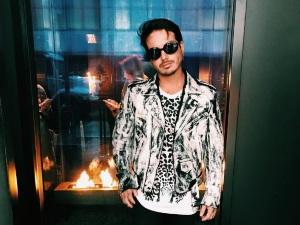 J Balvin no solo es gurú del reggaetón, también de la moda