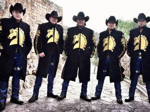 Bronco tiene 'bailador' estreno junto a Cristian Castro e Illya Kuryaki