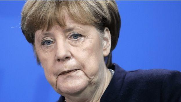 Europa tiene su destino en sus manos, responde Merkel a Trump