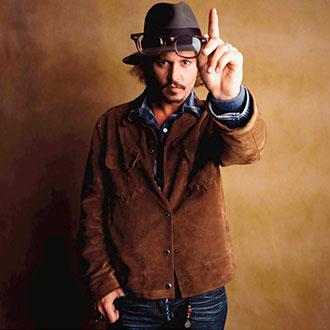 ¡Johnny Depp finalmente es soltero!
