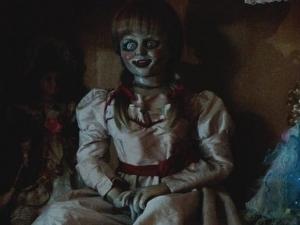 ¡Más aterradora que nunca! Revelan nueva imagen de 'Annabelle 2'
