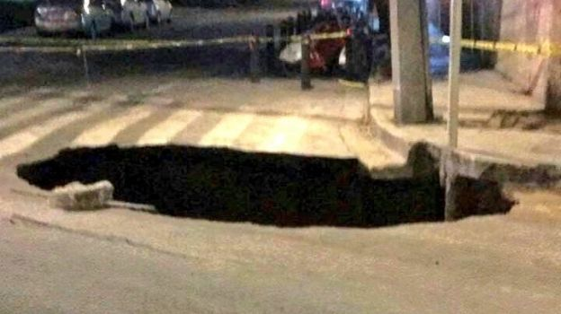 Se abre socavón en Cuauhtémoc y Popocatépetl