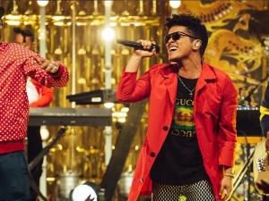 Bruno Mars llevará su magia al escenario de los Grammy 2017
