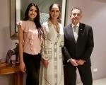 Kristal Silva conoció a nuestro Embajador en Filipinas.