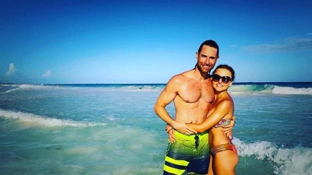 Sebastián Rulli y Angelique Boyer están felices con su romance