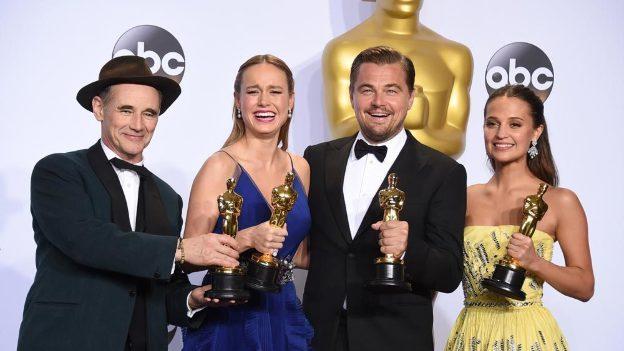 Leonardo DiCaprio será uno de los presentadores de los Premios Oscar 2017