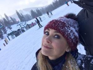 FOTOS: ¡Aracely Arámbula se divierte con sus hijos en la nieve!