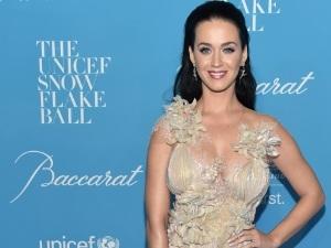 ¡Katy Perry cantará en vivo en los Grammy 2017!