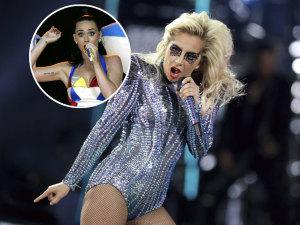 Lady Gaga sube como la espuma pero ¡no pudo con Katy Perry!