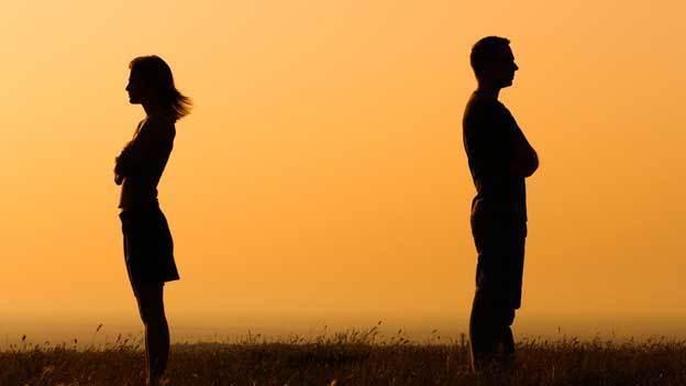 ¿Qué hacer si mi pareja me eliminó de Facebook y me bloqueó de WhatsApp?