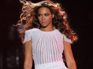 ¡Embarazada y en problemas! Beyoncé es demandada por ex 'youtuber'