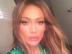 ALERTA HOT: Jennifer Lopez no se cansa de mostrar sus encantos (FOTO)
