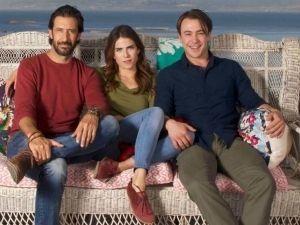 Karla Souza protagoniza un triángulo amoroso en 'Todos Queremos a Alguien'