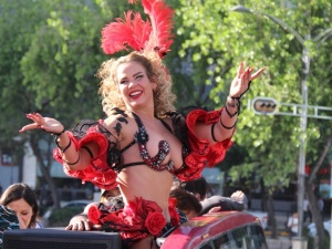 ¡Como toda una 'Aventurera'! ¡Niurka pasea por la CDMX semi desnuda! (VIDEO)