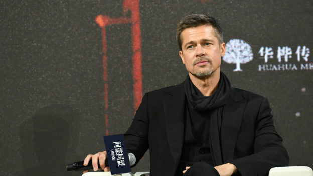 Brad Pitt tendría romance con Sandra Bullock