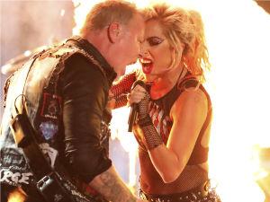 ¡James Hetfield enfurecido tras desastrosa presentación con Lady Gaga en los Grammy!