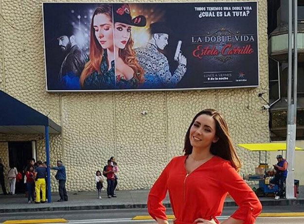 Ariadne Díaz se luce al interpretar música grupera en La Doble Vida de Estela Carrillo