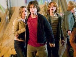 Actor de 'Harry Potter' casi muere en filmación de documental (VIDEO)