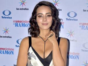 ¡Tiene dueño! Esmeralda Pimentel estrena romance con sexy actor (FOTOS)