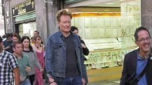 Conan O?Brien recorre calles del Centro Histórico de la CDMX