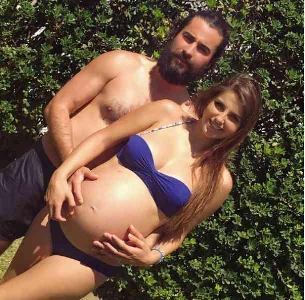 Michelle Renaud presumió su embarazo en redes sociales