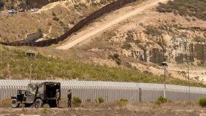 Estadounidenses se oponen a muro
