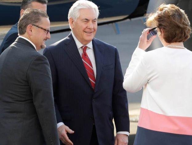 Llega a México el secretario de estado de EU, Rex Tillerson