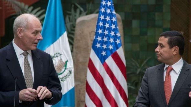 John Kelly asegura que no habrá deportaciones masivas de guatemaltecos