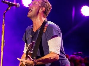 ¡Coldplay y The Chainsmokers lanzan increíble canción! (audio)