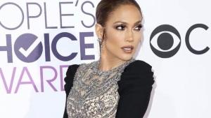 ¡Come hombres! ¡Jennifer Lopez revela por qué anda sólo con jóvenes!