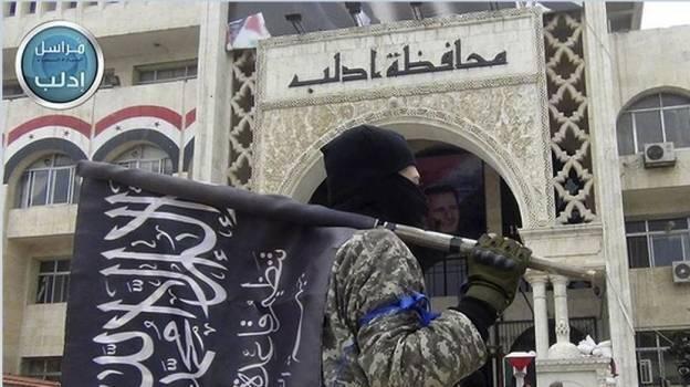 Exfilial siria de Al Qaeda asume autoría de ataques en Homs