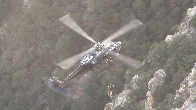 Patrulla Fronteriza rescata a hondureño que cae a un barranco en Arizona