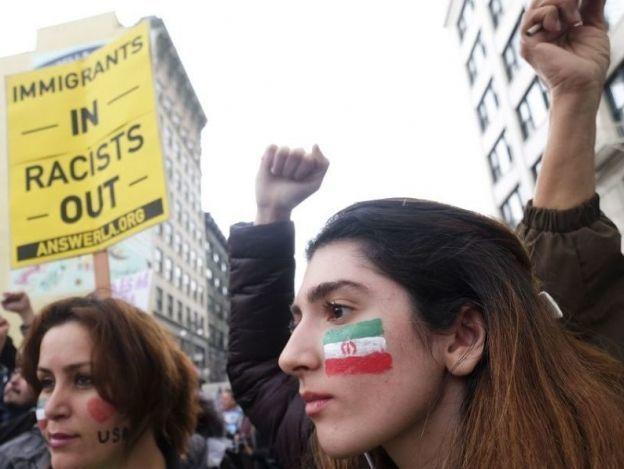 Odio racial agudiza temor entre migrantes en Estados Unidos