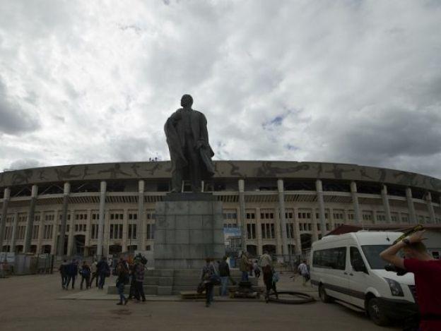 Messi reinaugura estadio cabeza del Mundial