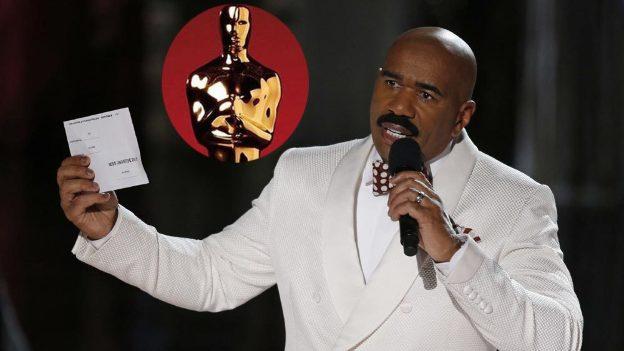 Steve Harvey bromea ante error de los Premios Oscar 2017