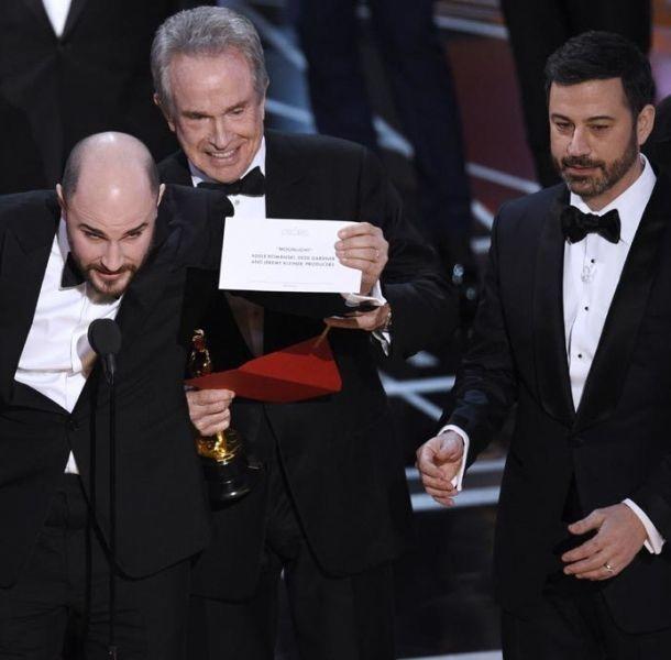 Nombran a 'La la Land' por error como 'Mejor Película' en Premios Oscar