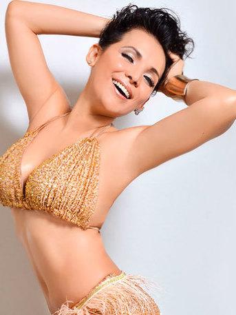 ¡Lavandera se pone hot! Karla Luna sorprende con sensual baile (VIDEO)