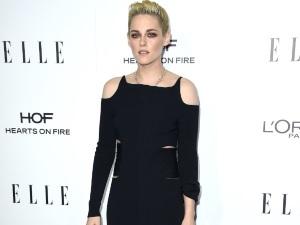 ¡Lo muestra todo! Kristen Stewart posa topless en sexys fotos
