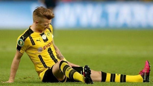 Marco Reus será baja 'varios meses' por lesión en la rodilla derecha, informa Borussia Dortmund; es la tercera importante en su carrera