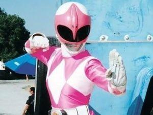 La primera 'Ranger Rosa' sorprendió a los nuevos 'Power Rangers' (VIDEO)
