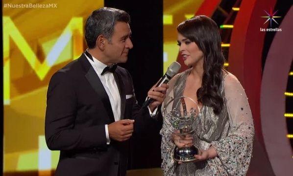 VIDEO: ¡Fabiola Guajardo recibe reconocimiento!