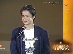RETRO: ¡Qué tierno! Mira a Gael García en Premios TVyNovelas 1993