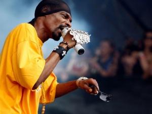 ¡Snoop Dogg le dispara a Donald Trump! (video)