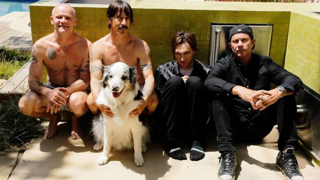 Red Hot Chili Peppers acusados de abuso sexual
