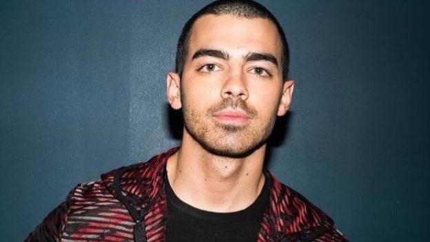 ¡Joe Jonas asegura haber sido testigo de fantasmas y experiencias sobrenaturales!