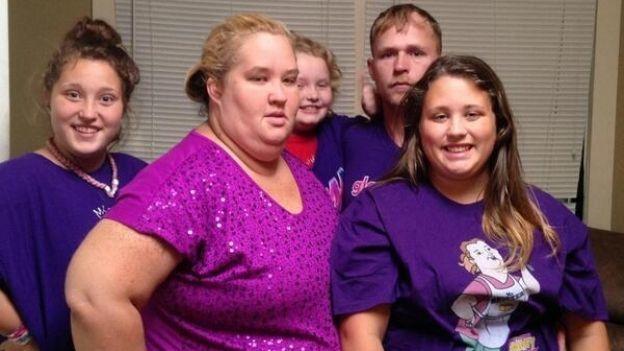 ¿Es ella? Mamá de 'Honey Boo Boo' sufre cambio radical  (VIDEO)