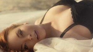 Lindsay Lohan regresa a la televisión para hacer muchas maldades (VIDEO)