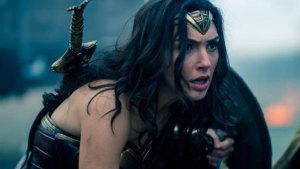 Critican a 'Mujer Maravilla', no por la película... ¡Sino por sus axilas!