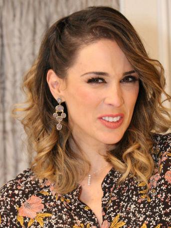 Jacqueline Bracamontes Televisa despide agradece exclusividad espectáculos