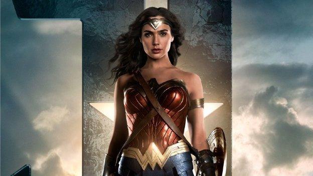 'Mujer Maravilla' visitará México y protagoniza póster de 'Liga de la Justicia'